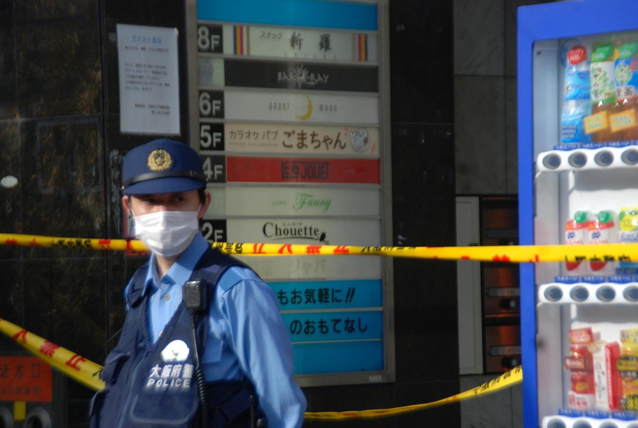 事件現場となったビルの5階に入っていたカラオケパブ「ごまちゃん」(撮影・松浦隆司)