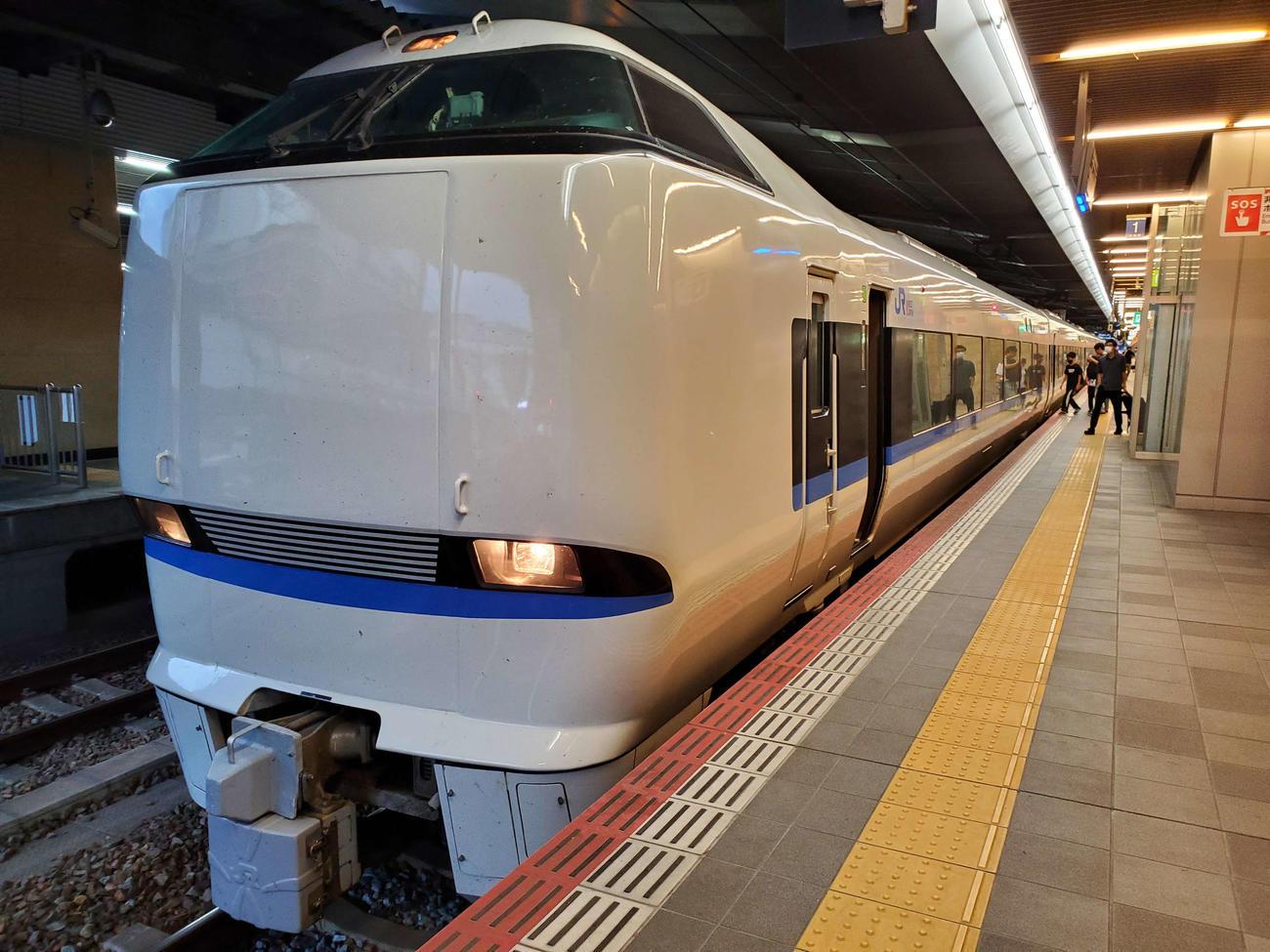〈1〉雷鳥からサンダーバードへと名称は変わったが、大阪から北陸に向かう看板列車の座は今も不動