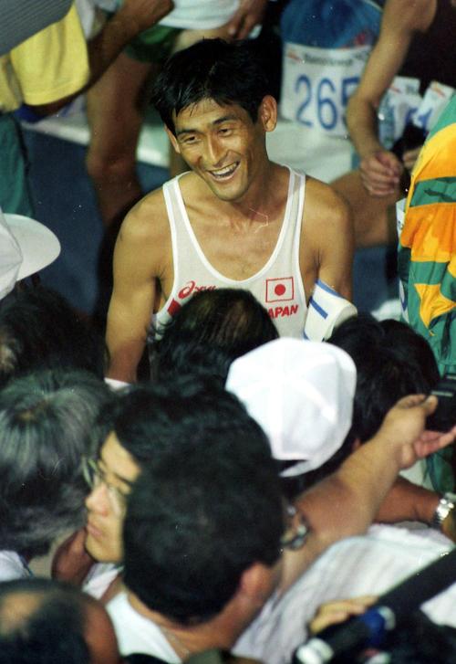 92年バルセロナ五輪で「こけちゃいました」と苦笑いの谷口浩美