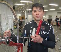 バンクーバー五輪スケートショートトラック代表で、現在競輪選手の吉沢純平
