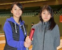 フェンシング女子フルーレの東姉妹。左から姉莉央、妹晟良