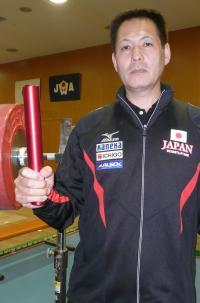 小宮山哲雄重量挙げ選手強化本部長兼日本代表男子監督