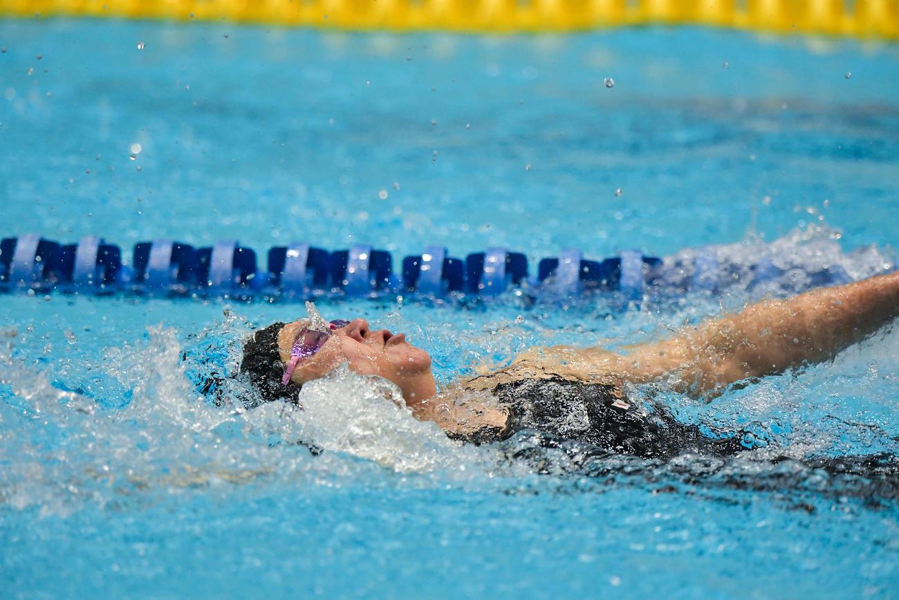 女子50メートル背泳ぎ(運動機能障がいS5)の成田真由美(提供=日本身体障がい者水泳連盟)