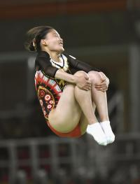 トランポリン中野13位で予選落ち「悔しい」 - トランポリン : 日刊スポーツ