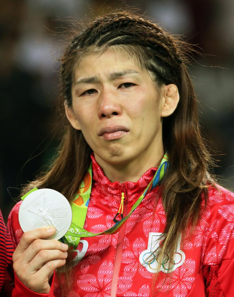 吉田沙保里が4連覇逃す「力出し切れず申し訳ない」 - レスリング ...