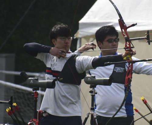 Photo of アーチェリー武藤弘樹「的が遠く」NTCで練習再開