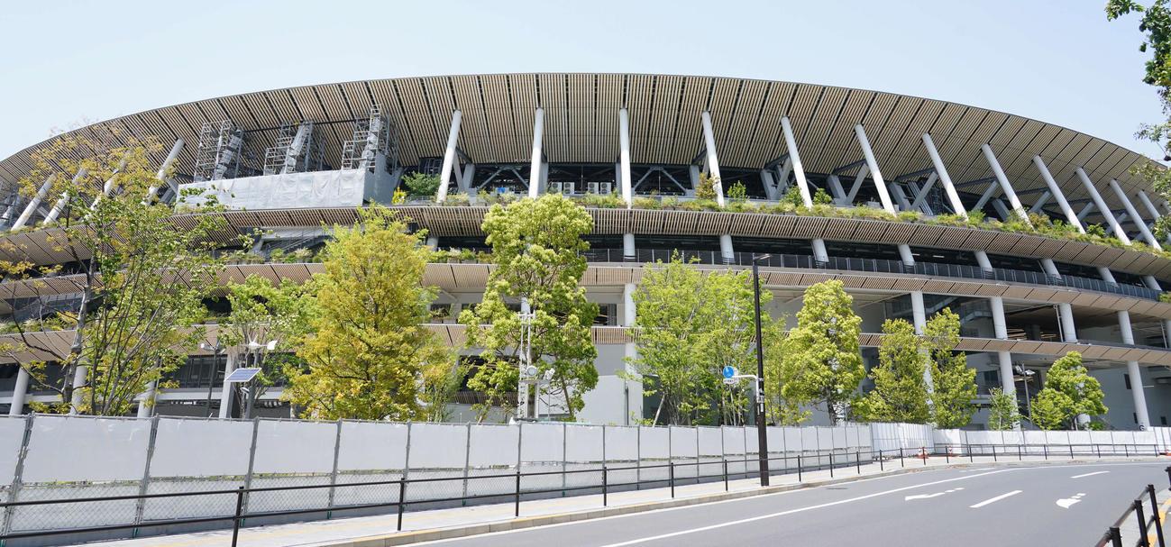 陸上の東京五輪テスト大会が行われている国立競技場(撮影・鈴木みどり)
