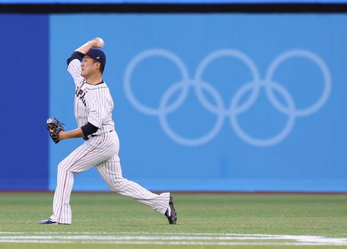 日本対米国 試合前、ウオーミングアップを行う田中将(撮影・河野匠)