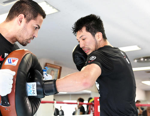Photo of Ryota Murata gives the Olympic representatives online guidance on mental aspects