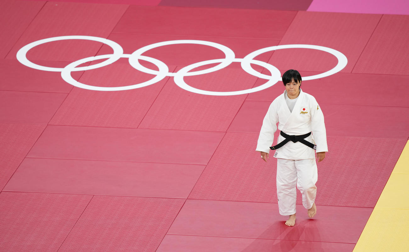 柔道女子78キロ級準々決勝に臨む浜田
