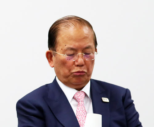 """Photo of Secretary-General Muto of the Olympic Organizing Committee says """"original plan is a lie"""""""