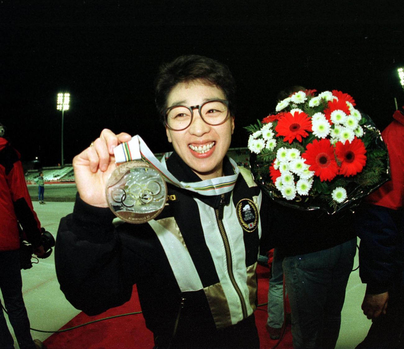 92年アルベールビル五輪女子1500メートルで銅メダルを獲得した橋本聖子氏=1992年2月12日