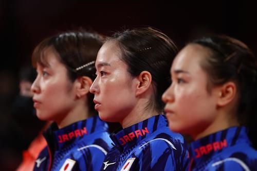 卓球女子団体決勝 日本-中国 平野美宇、石川佳純、伊藤美誠(ロイター)