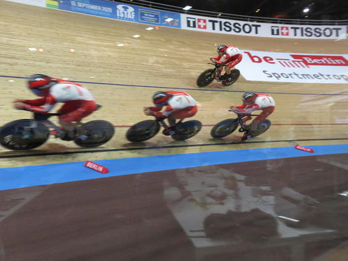 Photo of 自転車団体追い抜きで日本新樹立 4秒近く更新