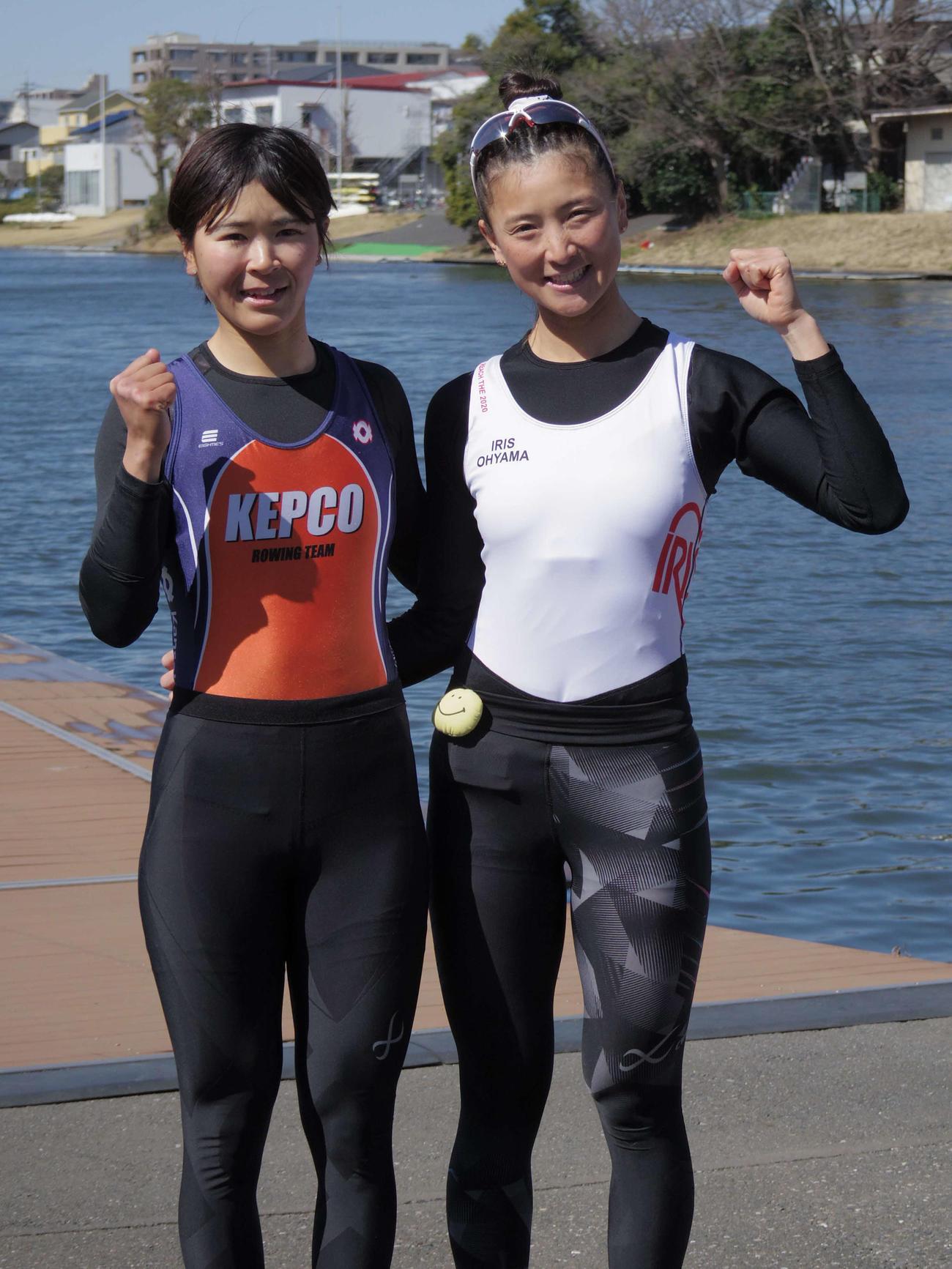 ボートの東京五輪アジア・オセアニア大陸予選女子ダブルスカル代表に決まった大石(右)と冨田のペア