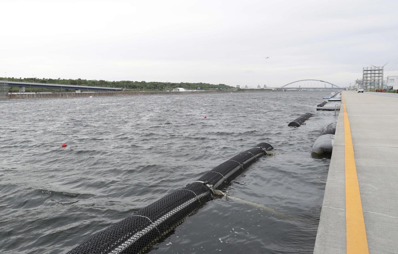 ボートの東京2020オリンピック・パラリンピックアジアオセアニア大陸予選は荒天のため順延となった(撮影・河野匠)