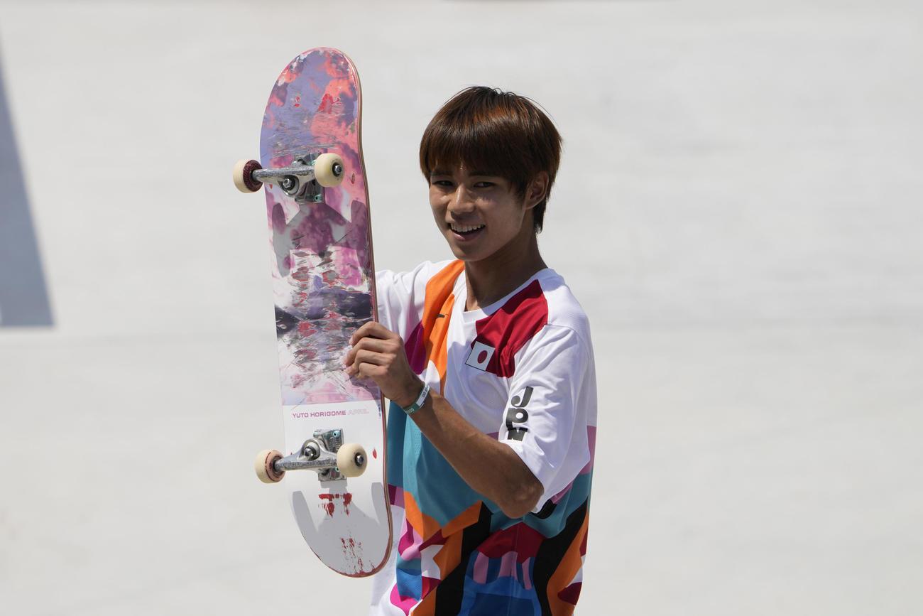 スケートボード ストリート男子で金メダルを獲得した堀米雄斗(AP)