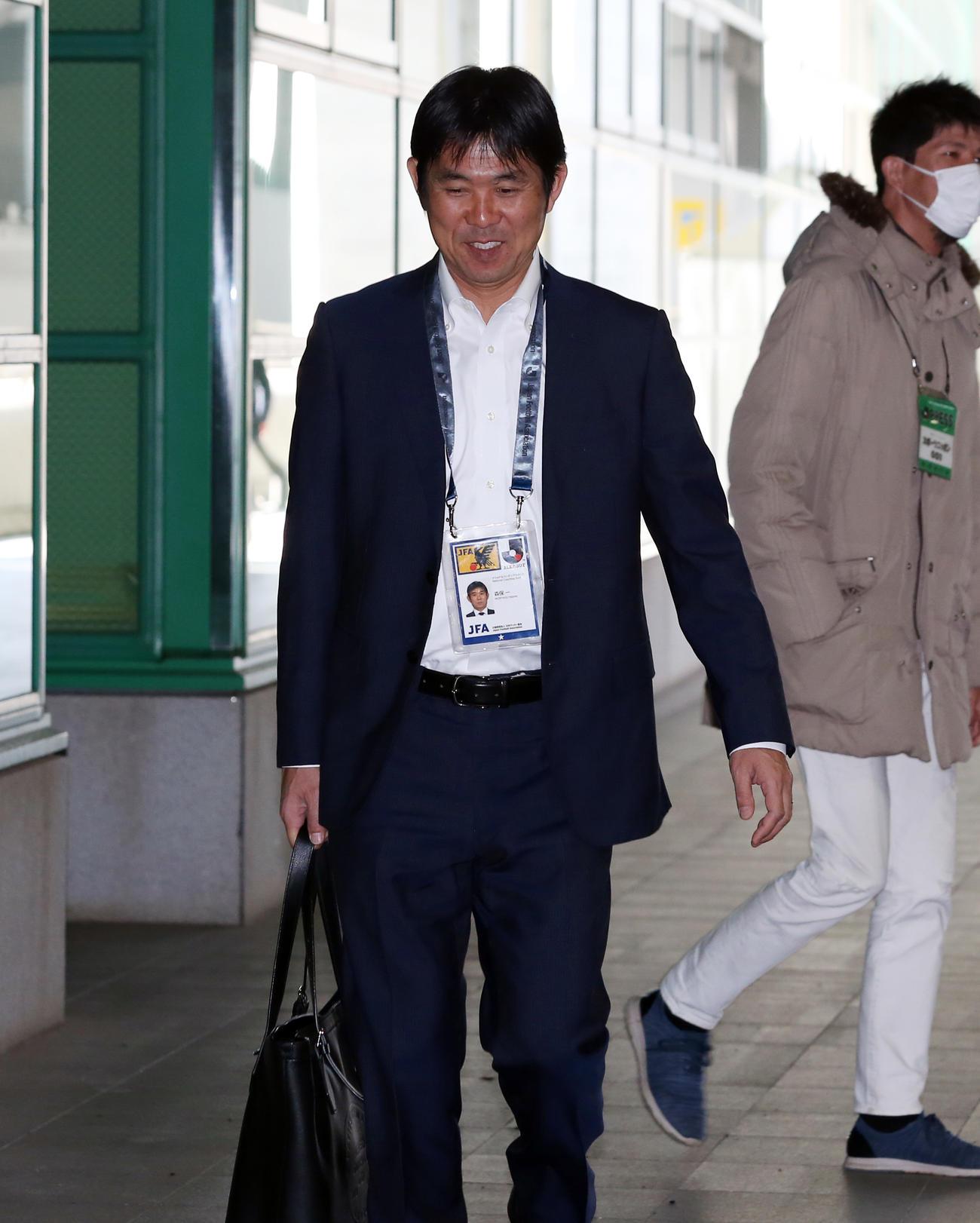 横浜対G大阪 視察に訪れた日本代表森保監督(撮影・浅見桂子)