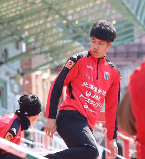 """Photo of Sapporo DF Tanaka raises Olympic qualifications """"Thank you"""""""