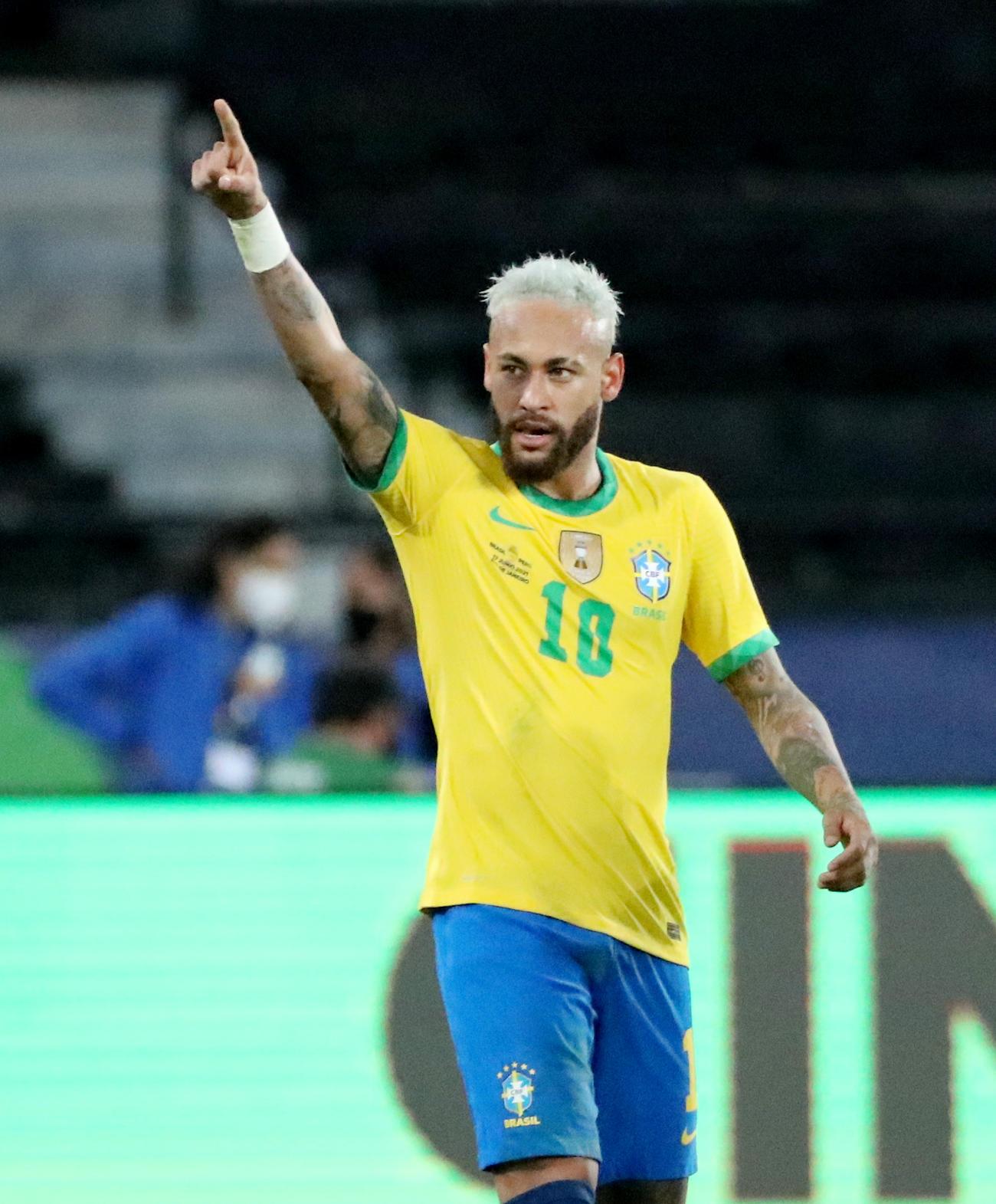南米選手権のペルー戦の後半、チーム2点目を挙げたブラジル代表FWネイマール(ロイター)