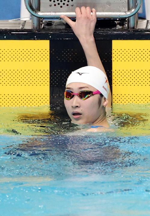 女子100メートル自由形で4位となった池江(代表撮影)