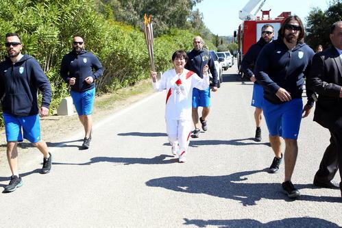 Photo of Torch burning ceremony in Greece Mizuki Noguchi smiles and runs