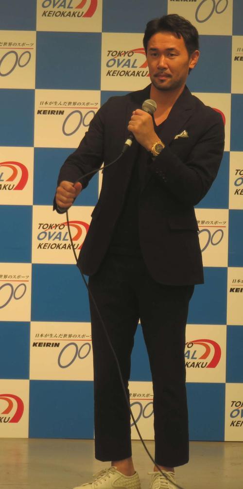 山中慎介氏のトークショーも熱く盛り上がった