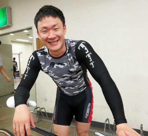 決勝3着の真船圭一郎選手(撮影・栗田文人)
