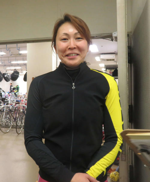 デビュー初Vの舞台で久々の決勝進出を果たし、喜びの表情だった佐藤亜貴子