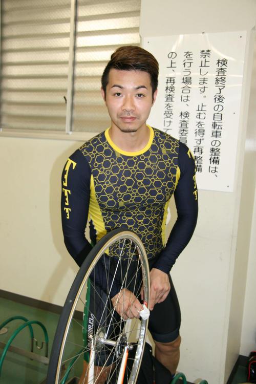 6番手からの強烈まくりを披露した高倉俊宏(撮影・秋山正則)