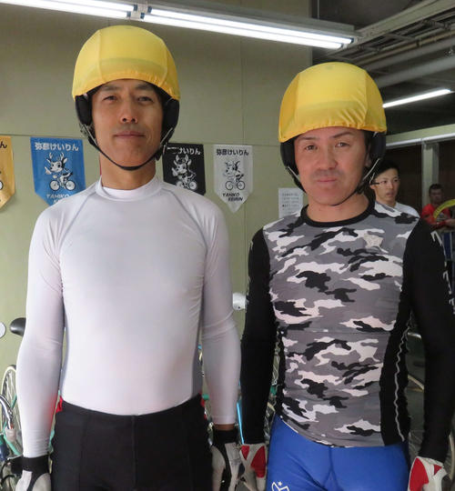 地元戦へ意気込む阿部康雄(左)と高峰賢治
