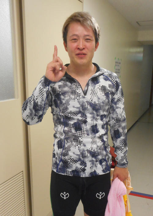 予選1Rで地元初勝利を逃げ切りで飾った磯村蓮太(撮影・岡田晋)