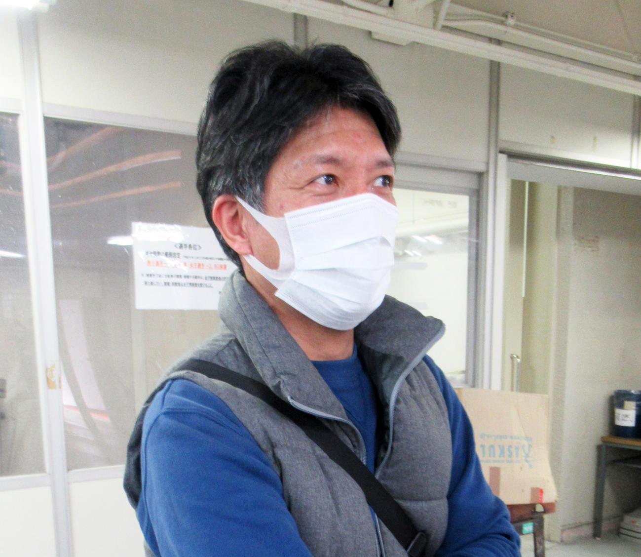豊橋を大雪で欠場した山田晃久が今回は無事に到着(撮影・岡田晋)