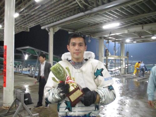 菊地孝平がイン速攻を決めて通算55回目の優勝を飾った