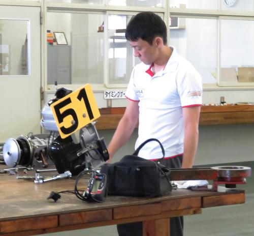 湯川浩司が気配アップを狙い、レース後は本体をばらした
