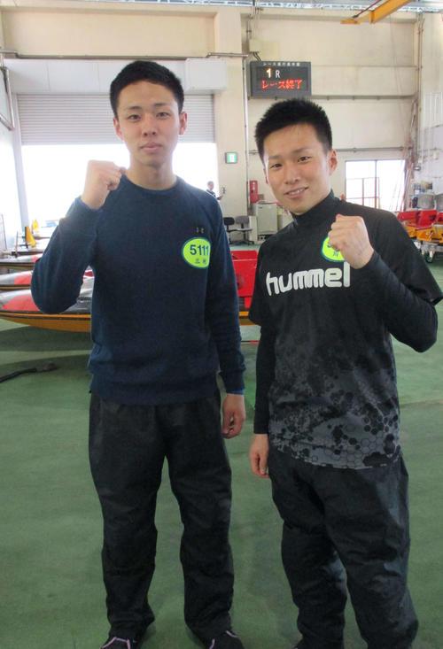 今節デビューする地元の三村岳人(左)と川崎智稔