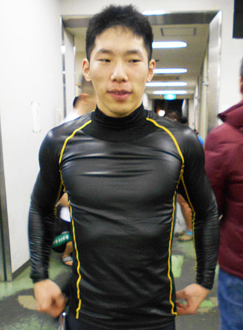 圧倒的な先行力を見せつけ無傷の4連勝を飾った寺崎浩平
