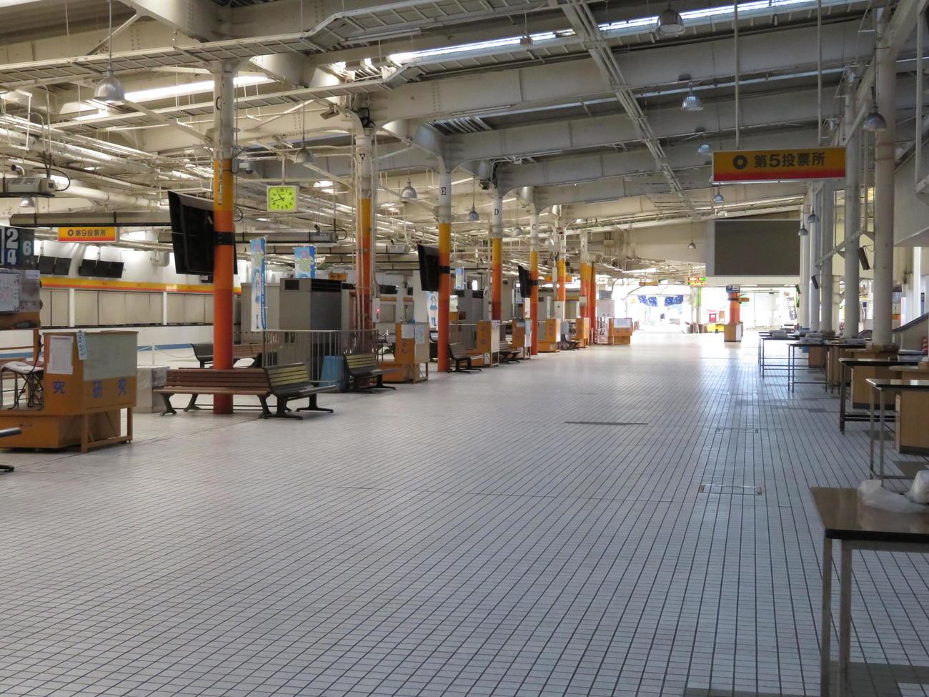 無観客レースで静まり返る多摩川ボート場内
