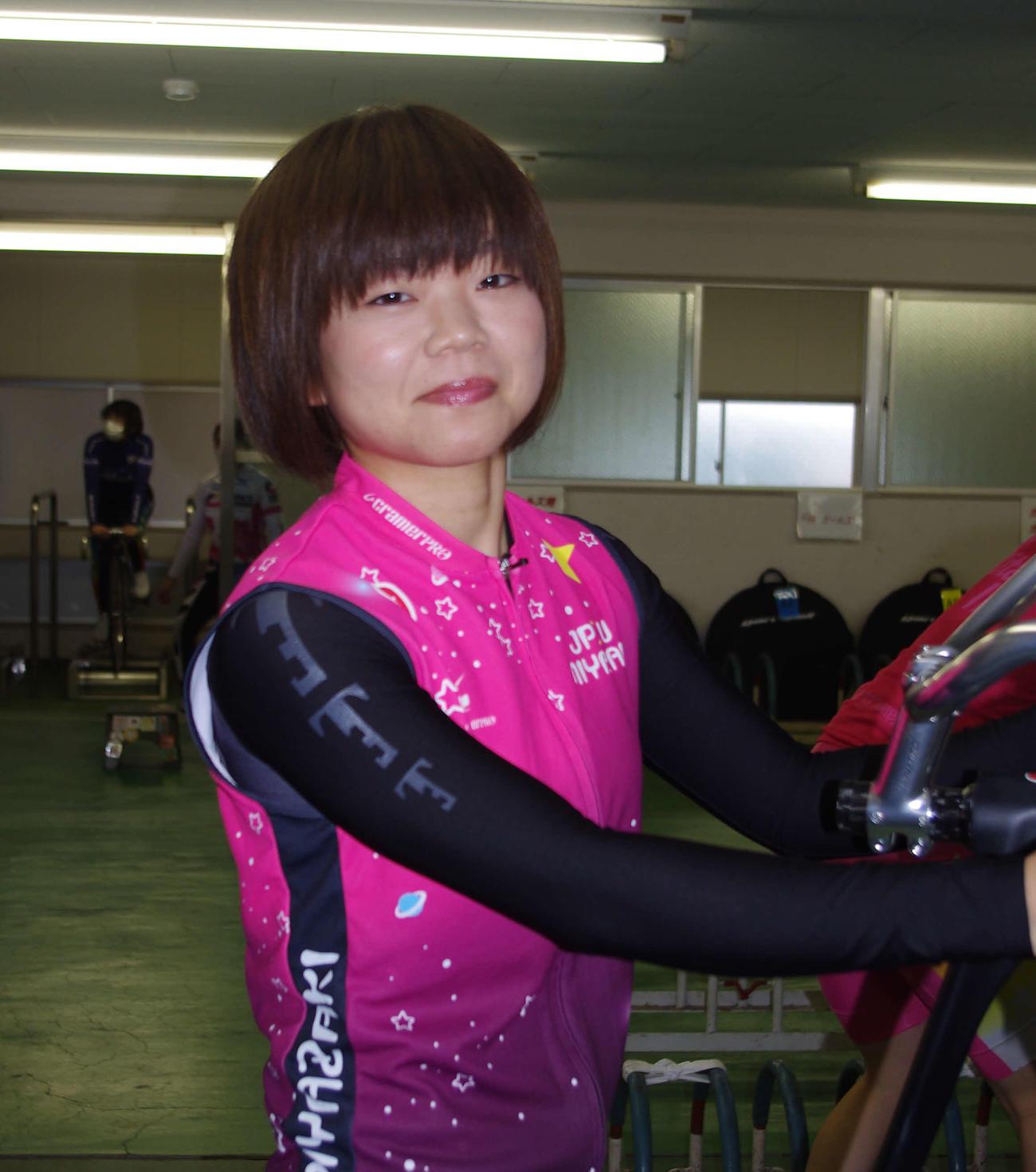 那須萌美がしぶとく運んで尾崎睦の2着をキープ!?