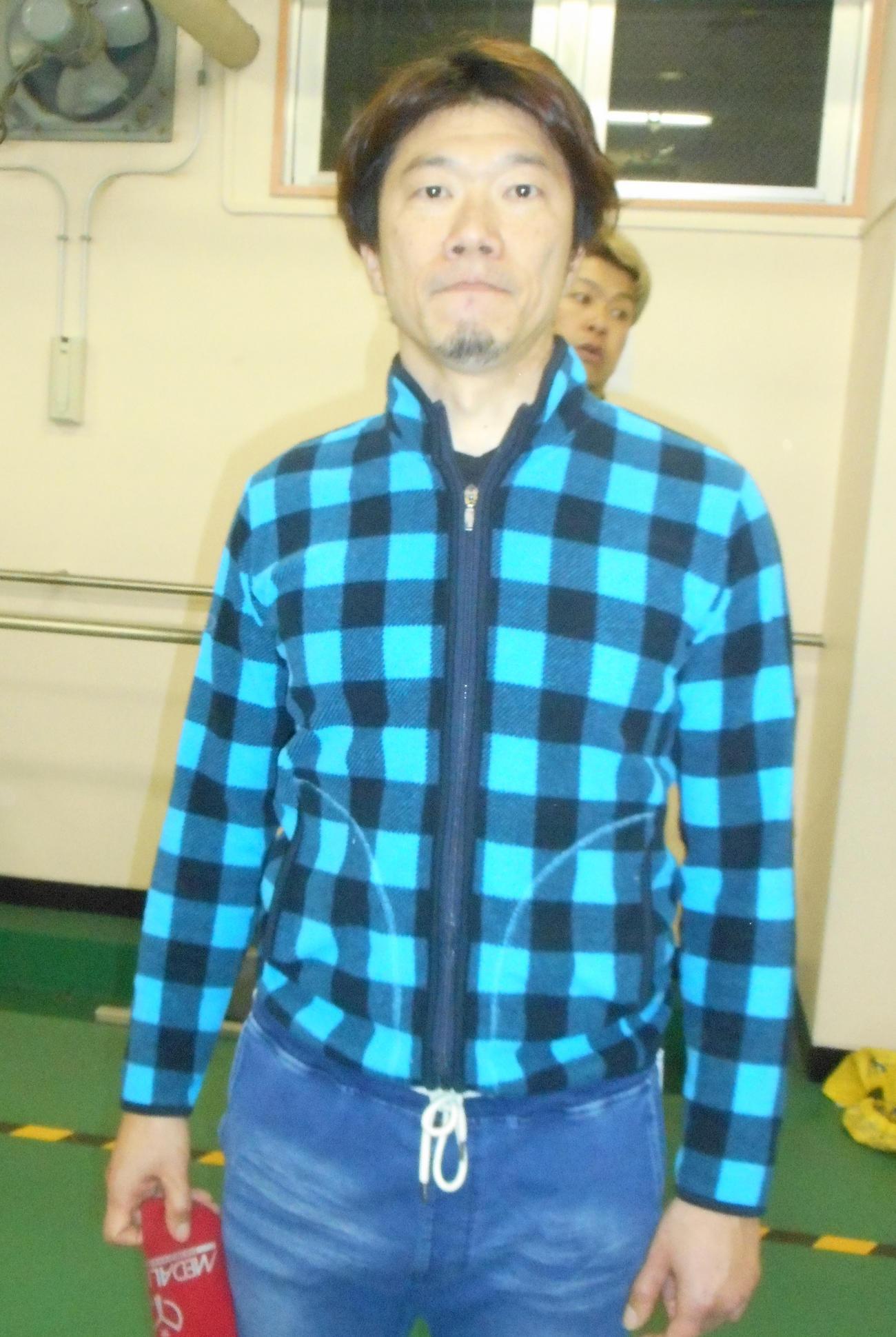 チャレンジ3Rで1着となり、決勝一番乗りを決めた小塚潤(撮影・岡田晋)