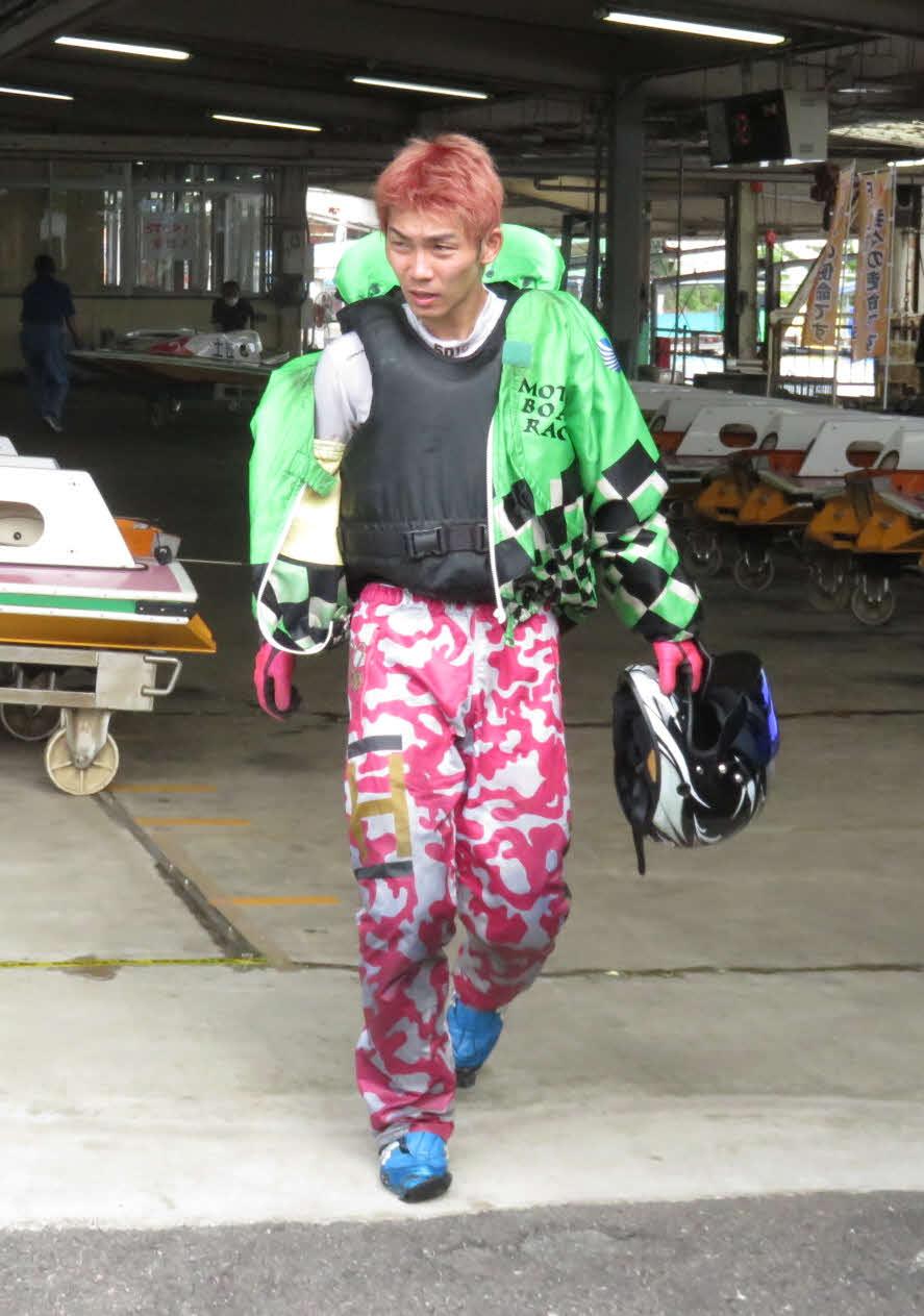 宇留田翔平が奮闘。デビュー初の予選突破を決めた