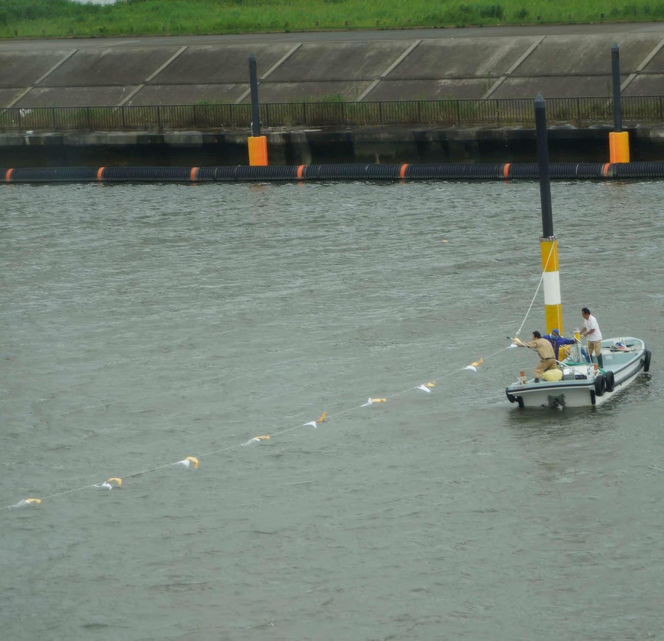 江戸川ボートのG2MB大賞の途中中止打ち切りが決まり、空中線を格納する作業が行われた