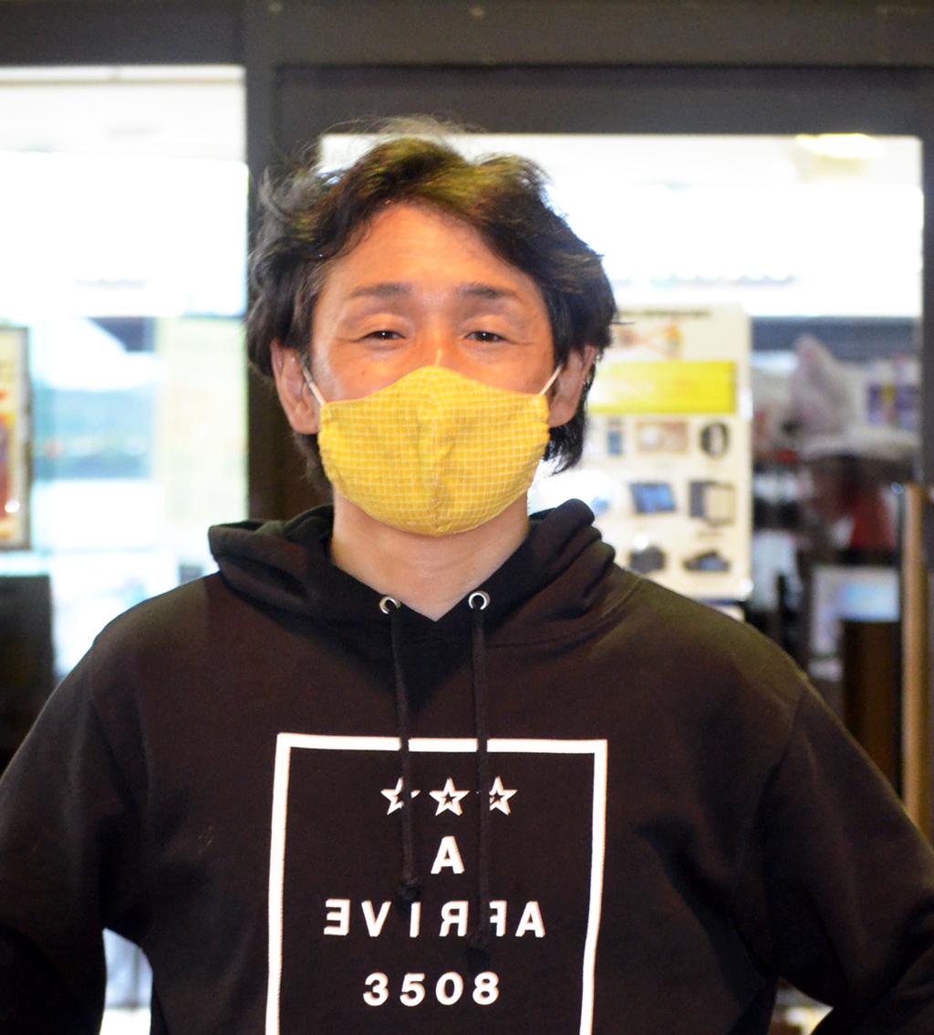 7Rで逃げ切ってデビュー通算1300勝を決めた久富政弘(撮影・井上和久)