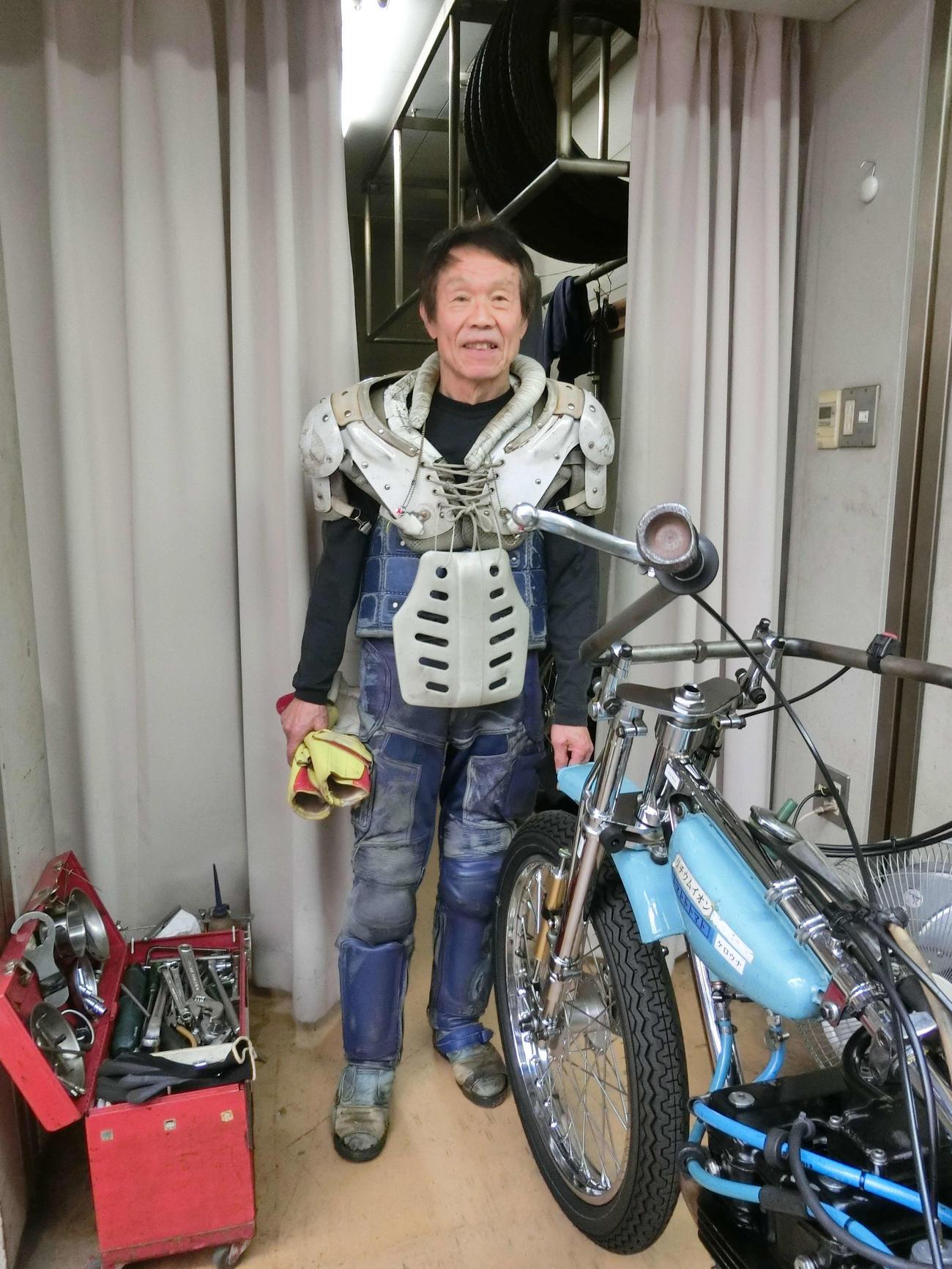 鈴木章夫は気合の走りで逃げ切り、公営競技の最年長勝利記録を更新した