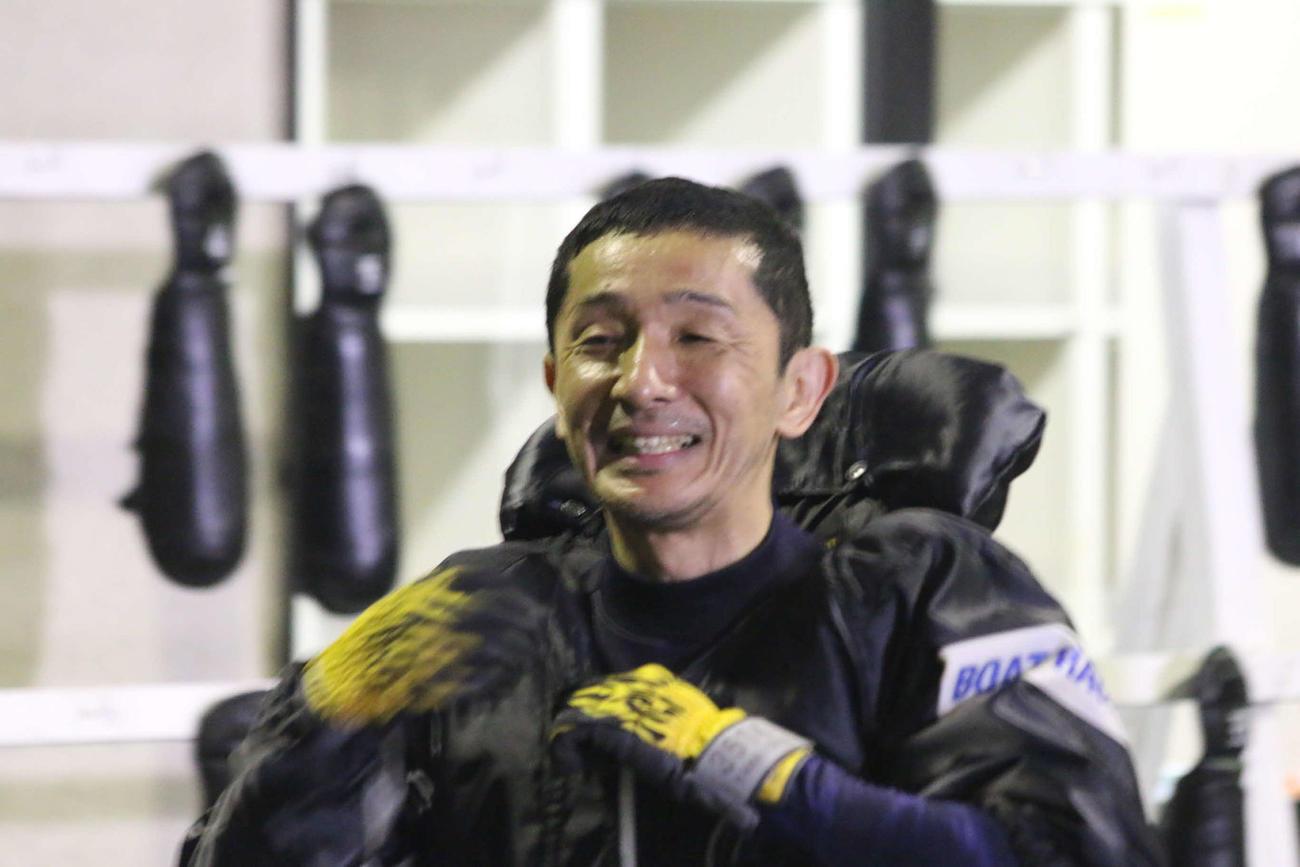 山一鉄也は優勝戦で、4カドからベテランの技を見せる