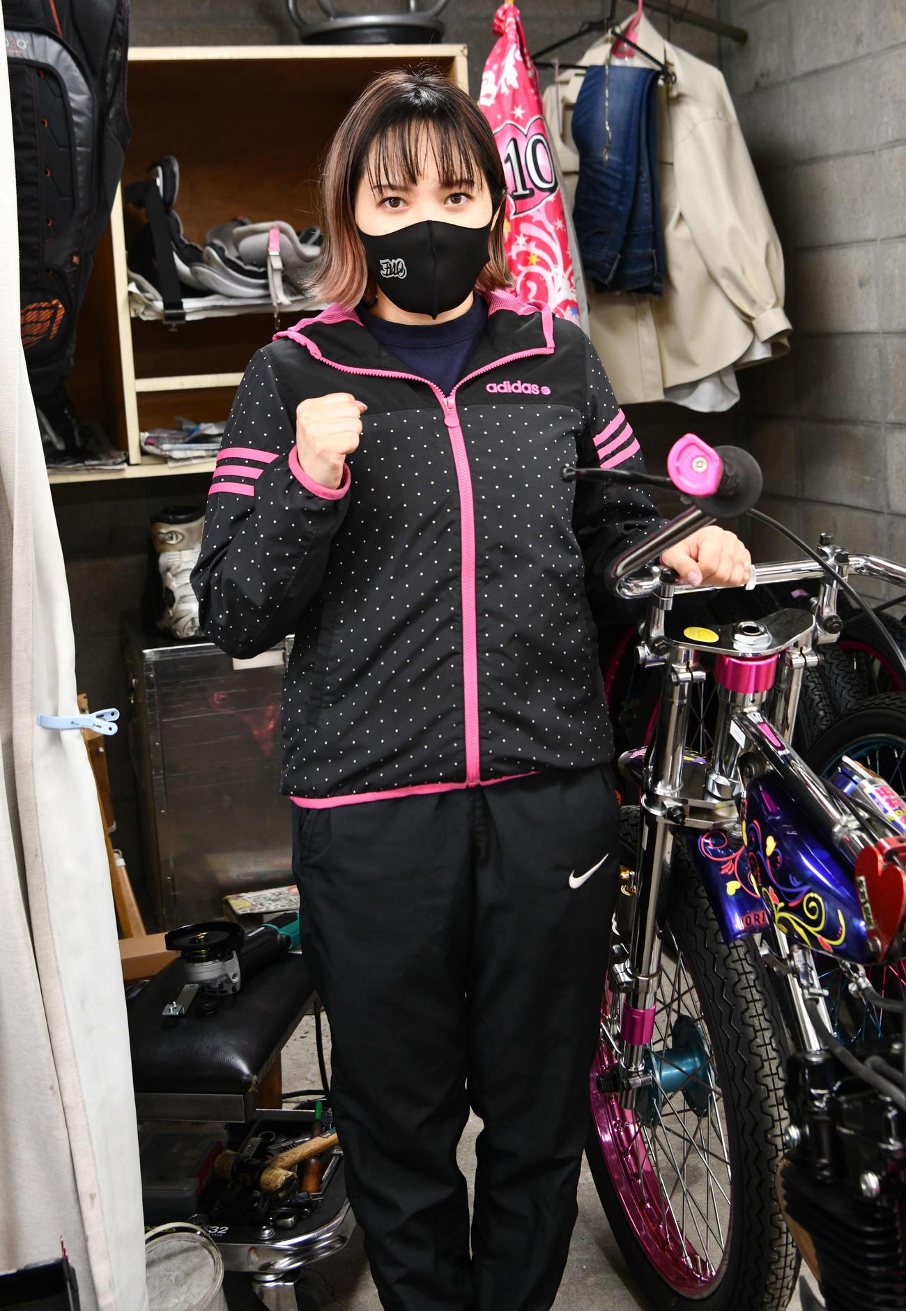 白星スタートを決めた佐藤摩弥(撮影・土居恒久)