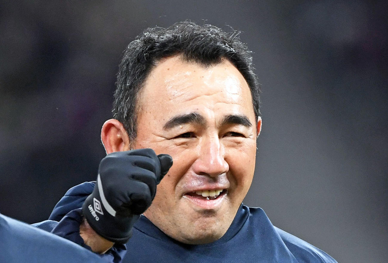 東京の長谷川健太監督(2021年1月4日撮影)