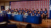 FIFA U-20女子W杯で優勝し帰国会見に臨むメンバーたち(撮影・小沢裕)