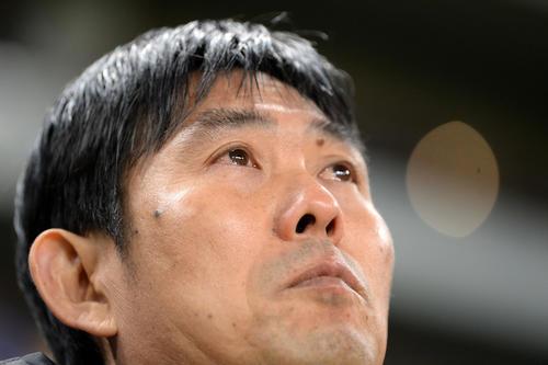 日本対ベネズエラ 試合直前に君が代斉唱で目を潤ませる森保監督(撮影・横山健太)