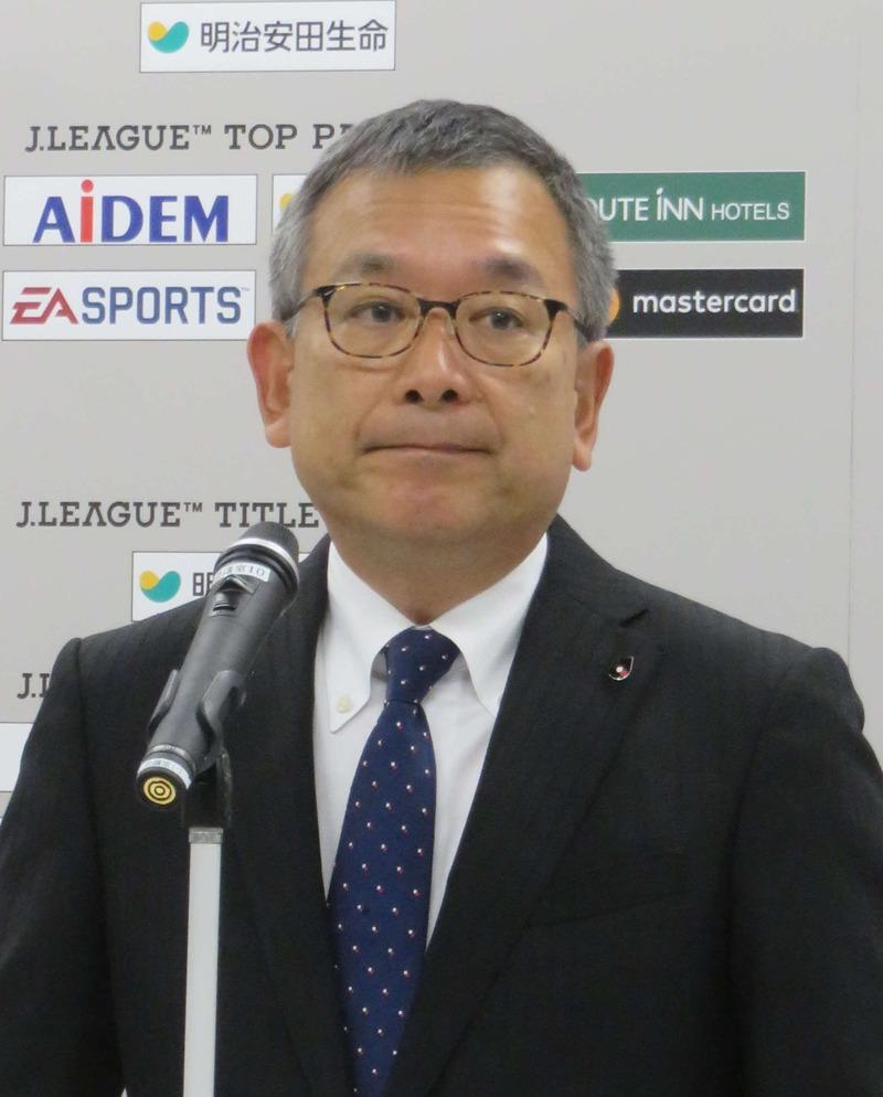 【サッカー】Jリーグ秋春制断念へ、加盟51クラブの8割反対
